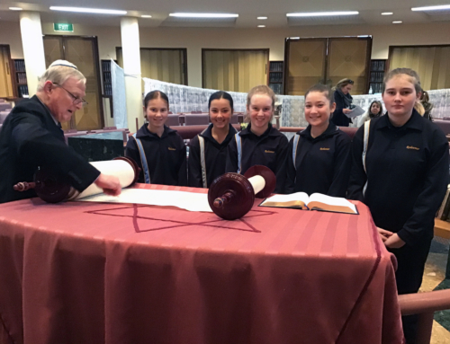 Redeemer students visit Adelaide synagogue, mosque